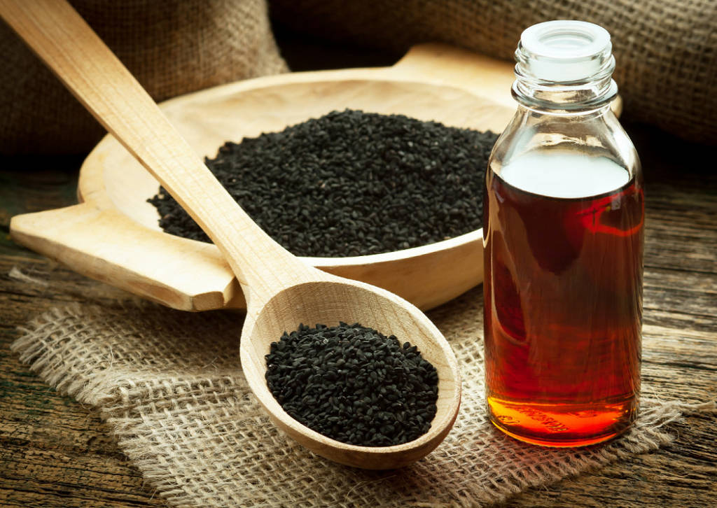 black seed oil and thymoquinone for chemotherapy side effects in cancer