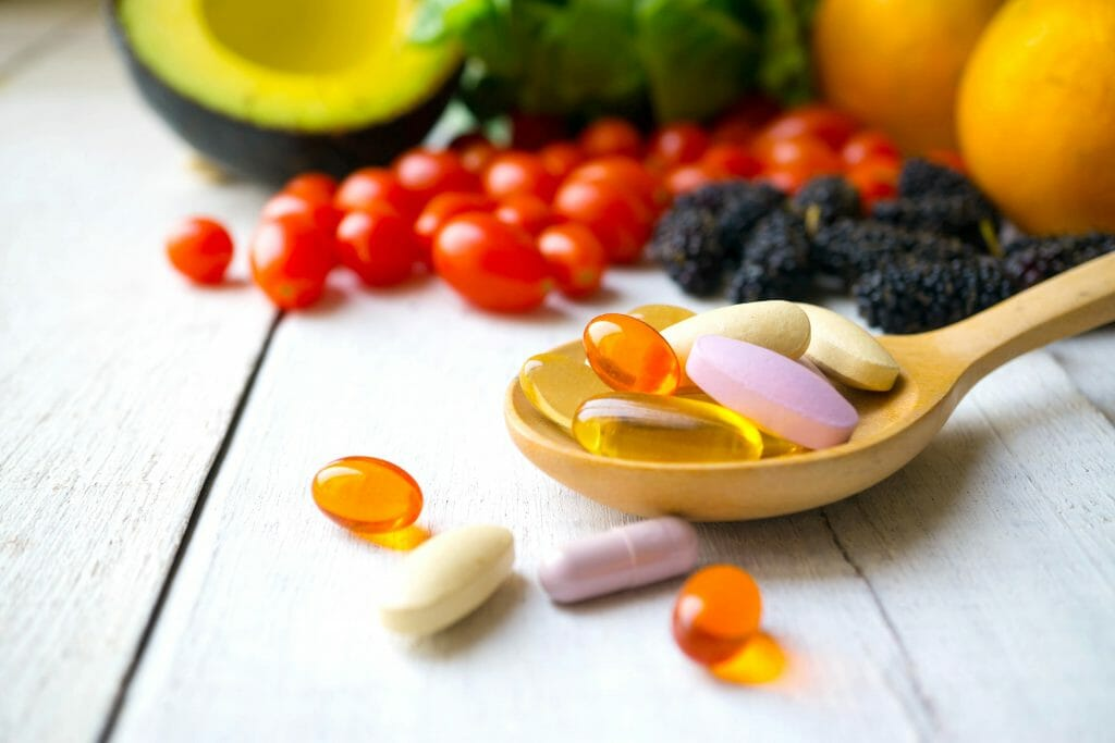 Are taking Vitamins & Multivitamins Daily Good for Cancer? Benefits and Risks