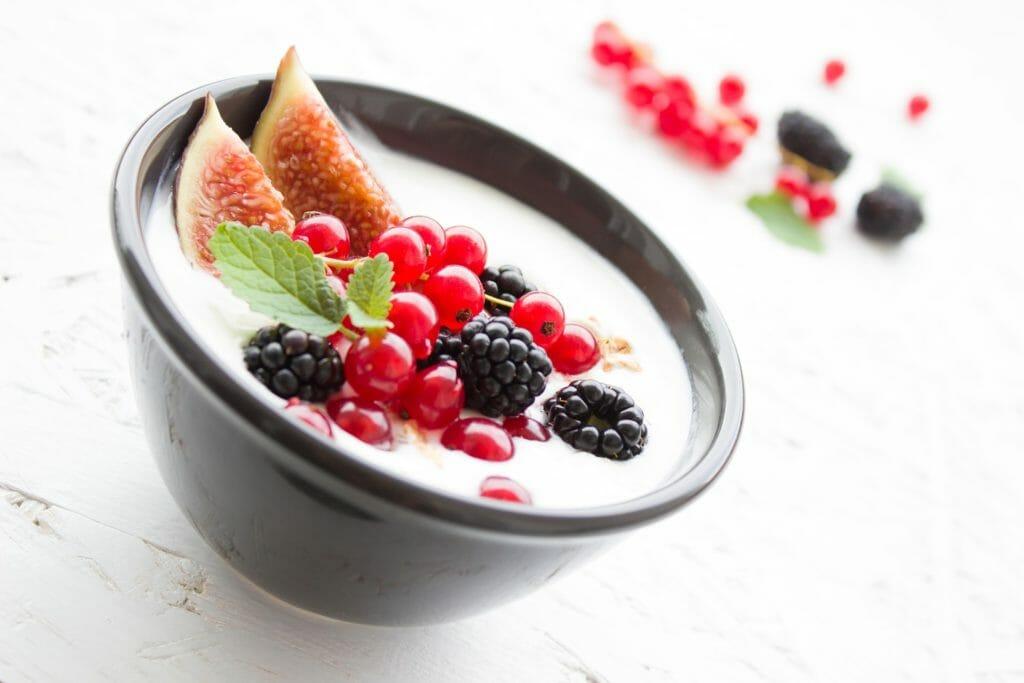 Yogurt & Risk of Colorectal Cancer/Polyps