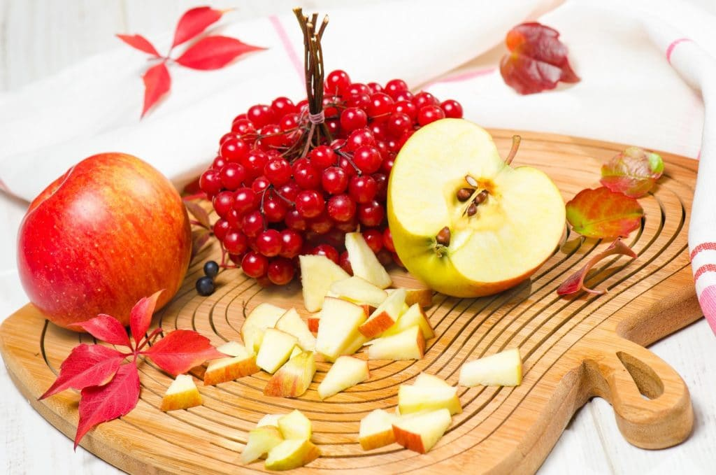Flavonoid Foods including fruits such as Apples, Cranberries- Health Benefits , Cancer Fighting properties
