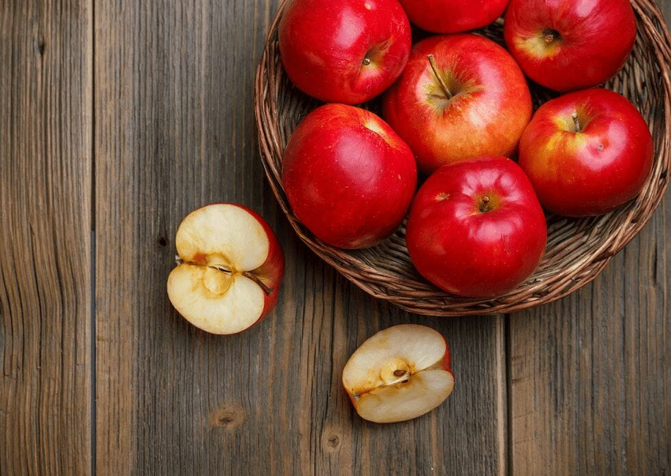 Benefits of Apple Consumption in Reducing Cancer Risk