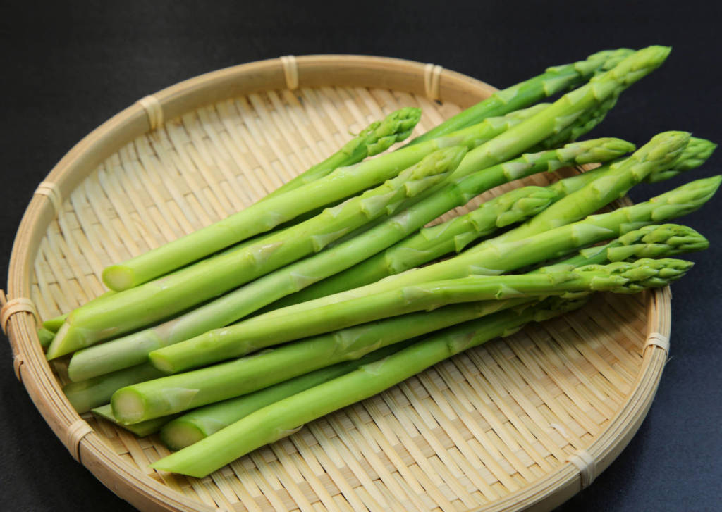 asparagus health benefits, anti-cancer potential, no evidence for cancer treatment in humans