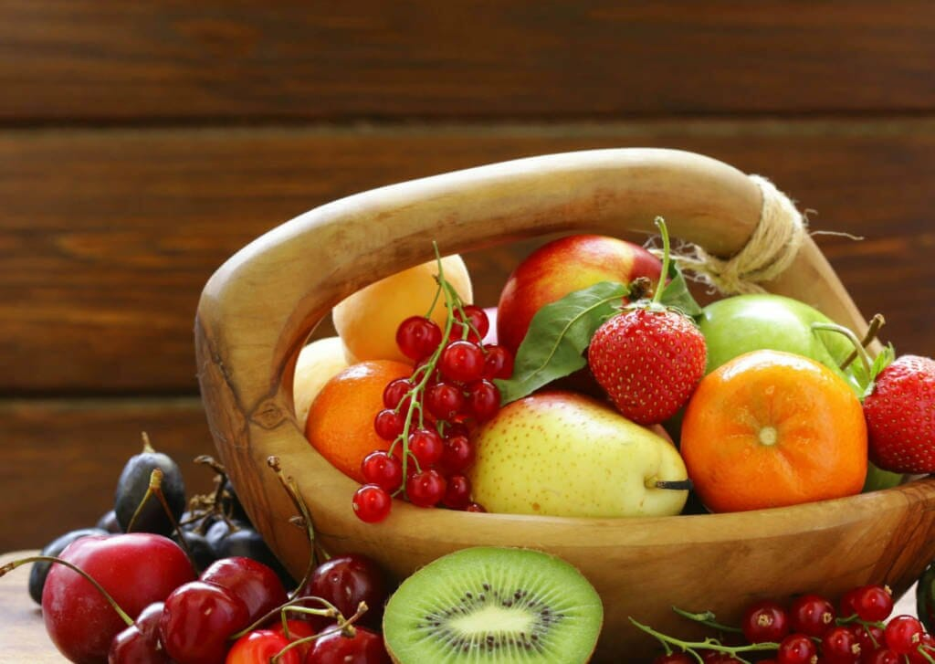 anti-cancer properties of quercetin , quercetin rich foods and supplements